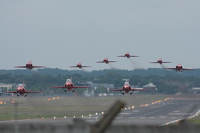 Red Arrows taking Off - 40d-07593